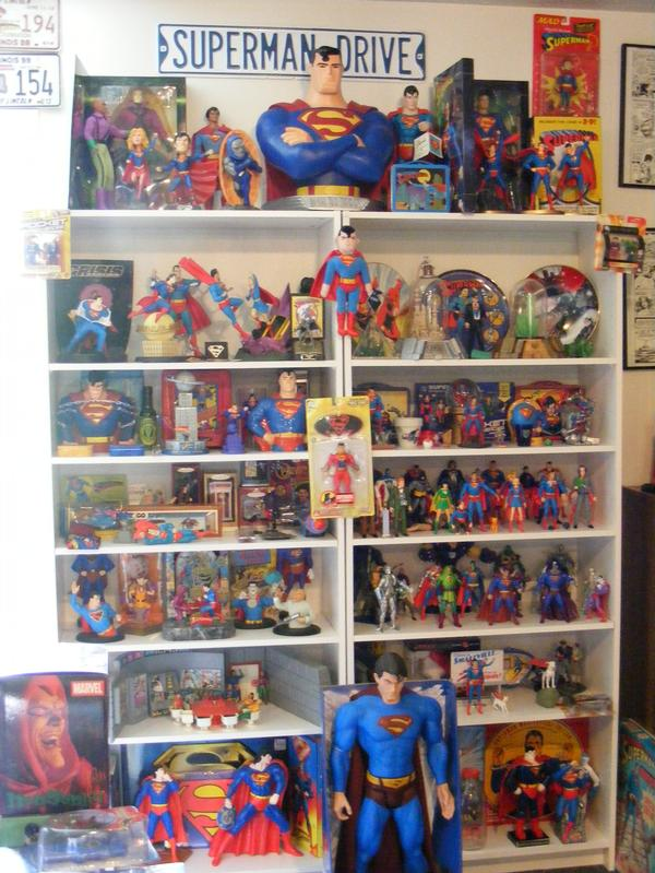http://www.supermansupersite.com/hallofheroes5a.jpg